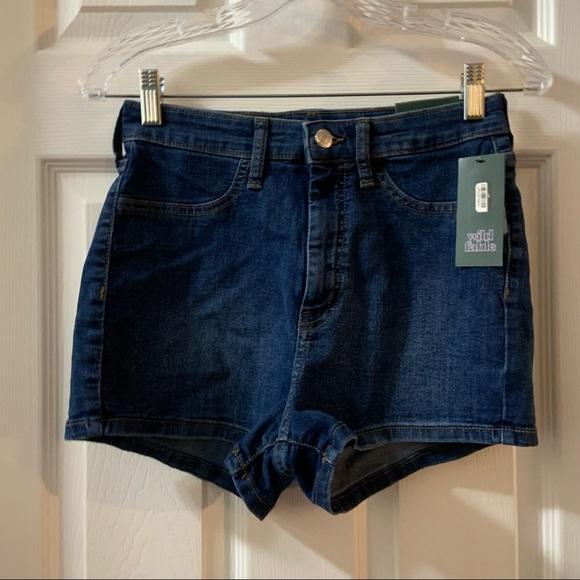 NWT Wild Fable Medium Wash Highest Rise Denim Shorts size 6